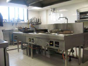 Cách lựa chọn kích thước bếp công nghiệp cho nhà hàng