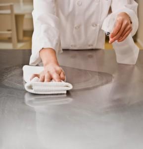 Phương pháp làm sạch thiết bị bếp inox công nghiệp
