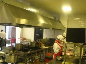 Vệ sinh an toàn thực phẩm tại các bếp ăn công nghiệp