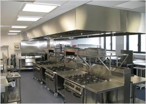 Lưu ý khi lựa chọn thiết bị bếp inox công nghiệp