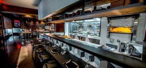 Xu hướng thiết kế không gian bếp mở trong nhà hàng hiện đại